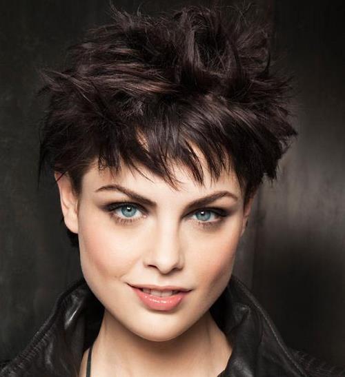Coupes de cheveux à la mode - Coupes de cheveux idées de photos pour différentes longueurs de cheveux
